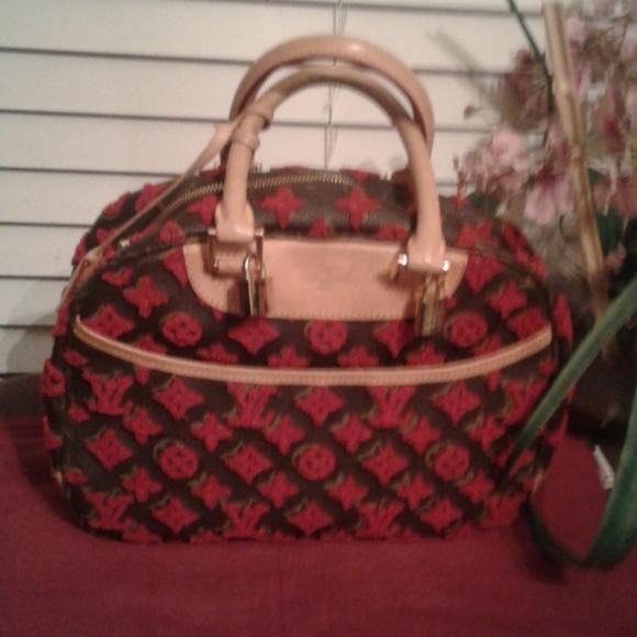 Louis Vuitton Handbags - Adorable vintage Authentic Louis Vuitton bag